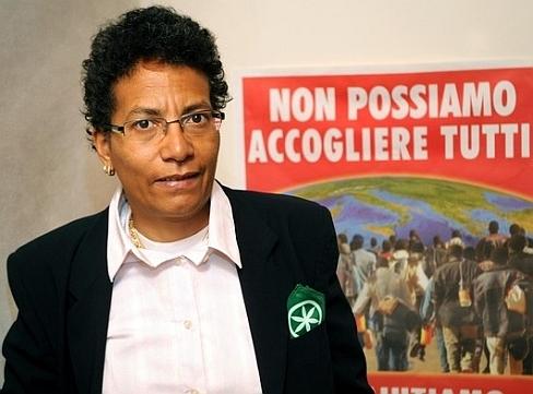 Sandy Cane, maire élue sous l'étiquette de la Ligue du nord. 0 % racisme, 0 % identité.