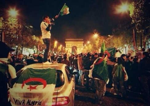 http://jeune-nation.com/wp-content/uploads/2013/11/algerie-arc-de-triomphe-occupation-2.jpg