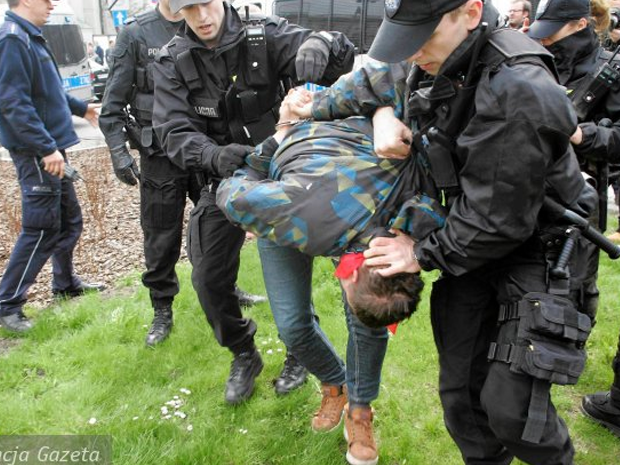 varsovie-nationalistes-contre-la_propagande_pederastique-3