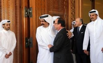 François Hollande a reçu, en seulement deux ans, six délégations du Qatar - un record -, n'oubliant pas lui-même de se rendre dans ce pays.
