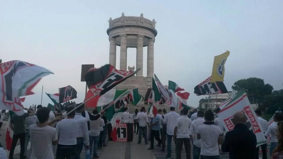 L'Italie manifeste contre l'invasion