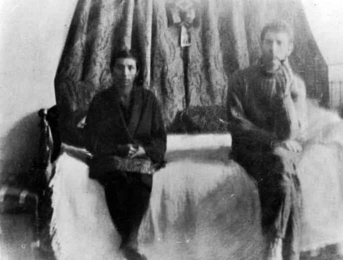 codreanu-et-sa-femme-helena-pinet-2