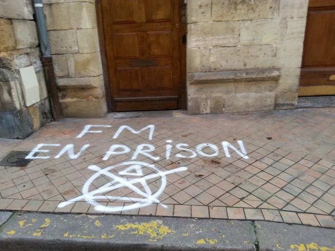racaille-mafieuse-maçonnique-fm-en-prison-bordeaux(