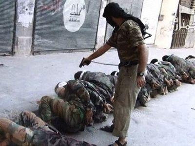 Un terroriste assassine des soldats syriens désarmés.