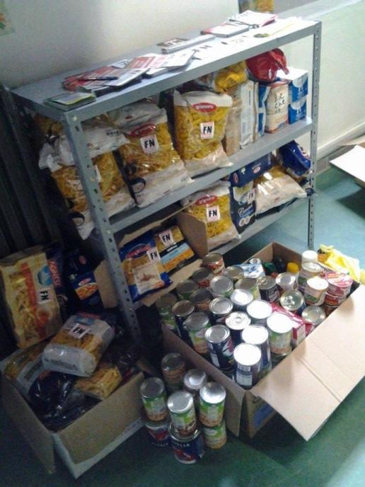 forza-nuova-distribution-nourriture