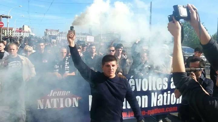 Alexandre Gabriac, fondateur des Jeunesses nationalistes, lors du défilé à Lyon du 2e Jour de Colère