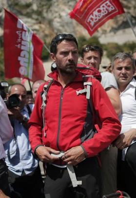 le_front_de_gauche_soutien_le_trader_kerviel