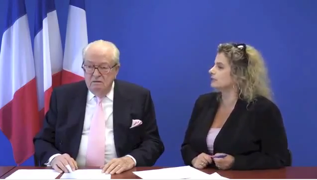 Les Caractères, entretien avec  Jean Marie Le Pen