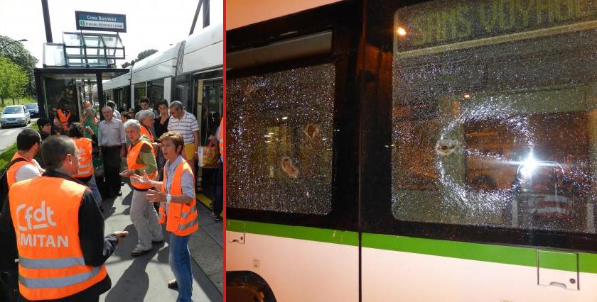 Une partie du tramway après l'attaque.