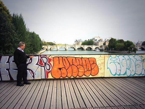 paris_pont_des_arts_anne_hidalgo2014