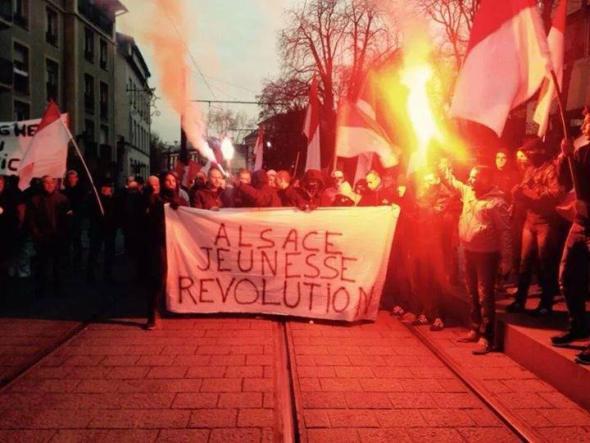 Alsace nationaliste manif contre réforme territoriale 06122014
