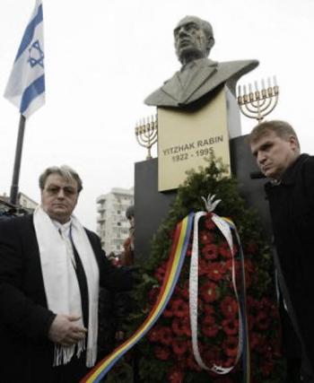 Du national-communisme au sionisme: Vadim Tudor, fondateur du Parti de la Grande Roumanie, est mort