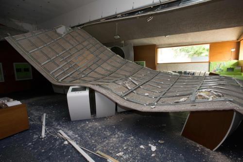 Symbole : le toit du Musée européen de Schengen s'effondre