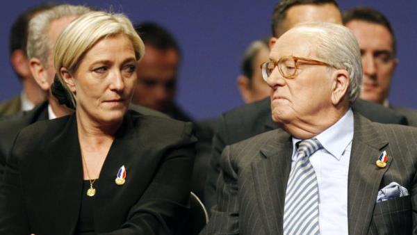 Jean-Marie Le Pen exige sa réintégration au FN