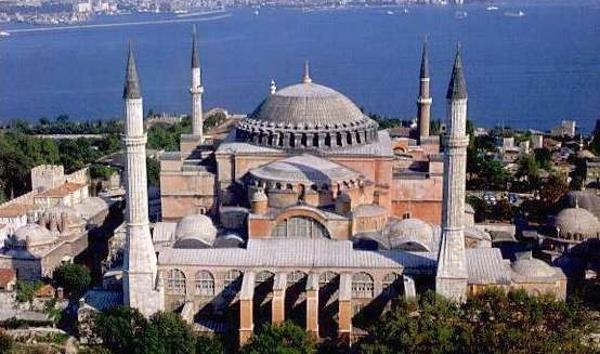 Turquie : Sainte-Sophie redevient une mosquée pendant le ramadan