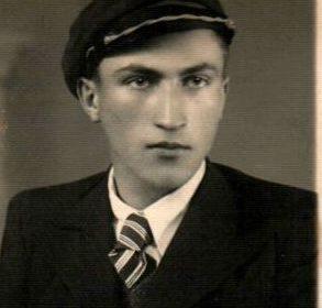 1er mai 2006 : Décès de Ion Gavrila Ogoranu, dernier des résistants armés roumains à l'occupation soviétique
