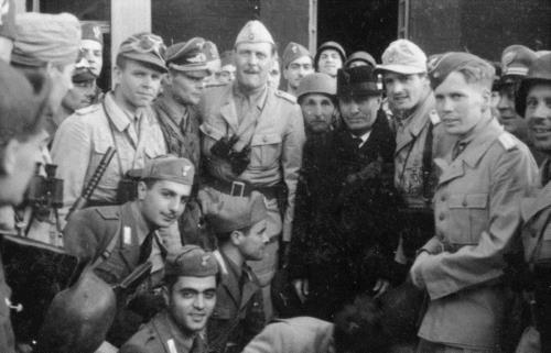 Libération de Mussolini (vidéo)
