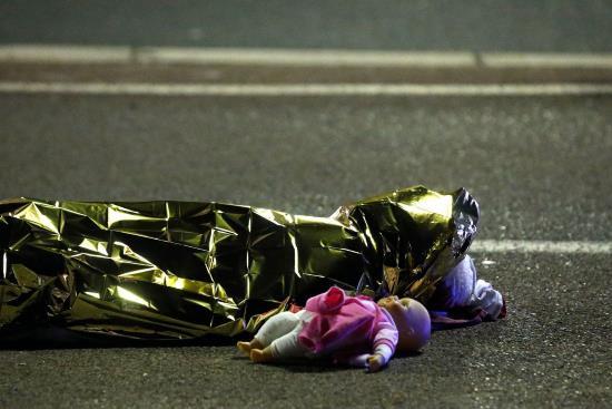 Nice : les gendarmes protégeaient un diner privé d'Hollande pendant l'attentat du 14 juillet