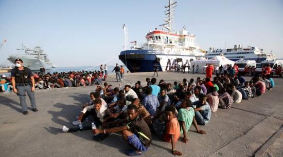 Invasion migratoire : plus de 300 000 envahisseurs arrivés par la Méditerranée en 2016