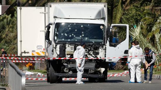 Des Albanais et Tunisiens arrêtés pour aide logistique sur l'attentat de Nice