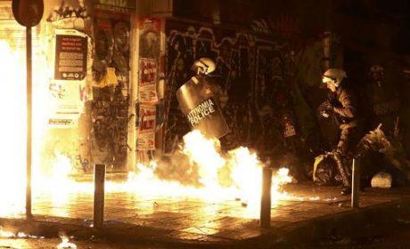 Grèce : la visite de Barack Obama provoque de violents affrontements à Athènes (vidéo)