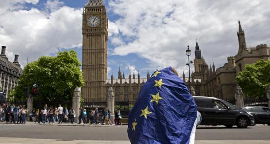 Royaume-Uni : le Parlement pourrait revenir sur le « Brexit » malgré une économie dans le vert