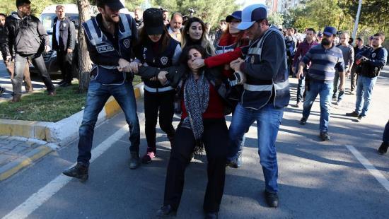 Turquie : des opposants politiques kurdes arrêtés