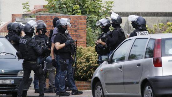 Montluçon : Deux hommes interpellés par l'antiterrorisme et le Raid