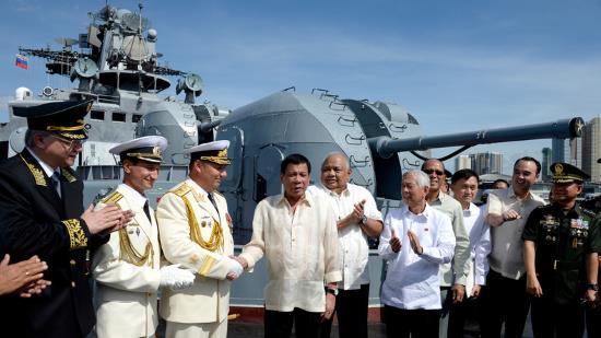Philippines : Rodrigo Duterte veut faire de la Russie un allié