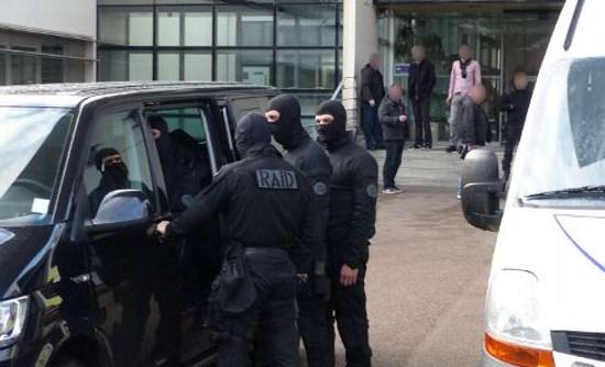 Limoges : 19 envahisseurs trafiquants de drogue et cambrioleurs interpellés