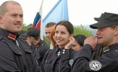Les députés viennent d'interdire les patrouilles des nationalistes slovaques