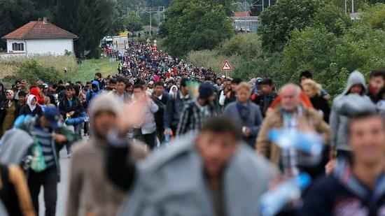 La Commission européenne menace de sanctionner les pays qui ne veulent pas accueillir plus d'envahisseurs extra-européens