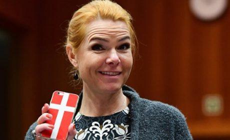 Au Danemark « ne pas parler danois c'est suspect »