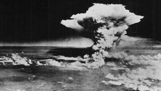 Hiroshima, la véritable histoire  : crime contre l'humanité (vidéo)