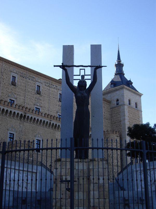 27 septembre 1936 :  Libération des assiégés de l'Alcazar de Tolède