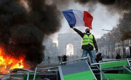 Crise des gilets jaunes: Les Nationalistes répondent présent! (Conférence de presse d'Yvan Benedetti – 10 décembre 2018 – Paris)