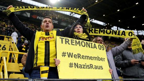 Quatre entreprises et un club de fouteballe allemands versent une obole d'un million d'euros pour la propagande holocaustique