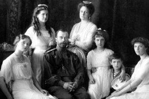 17 juillet 1918: Assassinat de la famille impériale russe par le judéo-bolchevisme