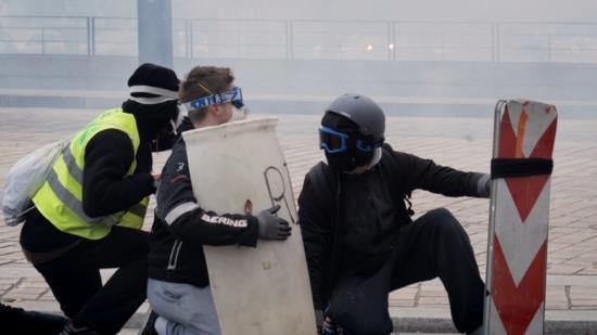 Opération LU et Brouillard – Le Chat Errant (vidéo)
