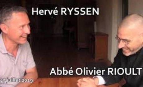 Hervé Ryssen et l'abbé Olivier Rioult – Entretien complet (vidéo)