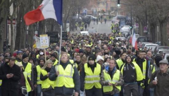 Gilets Jaunes : Vivre et travailler au pays !