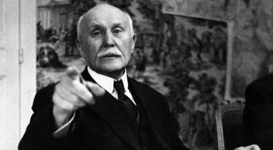 1941 : le maréchal Pétain jette les bases de notre système de retraite par répartition ! (vidéo)
