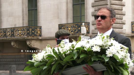 Yvan Benedetti brave le confinement pour rendre hommage à Sainte Jeanne d'Arc (vidéo)