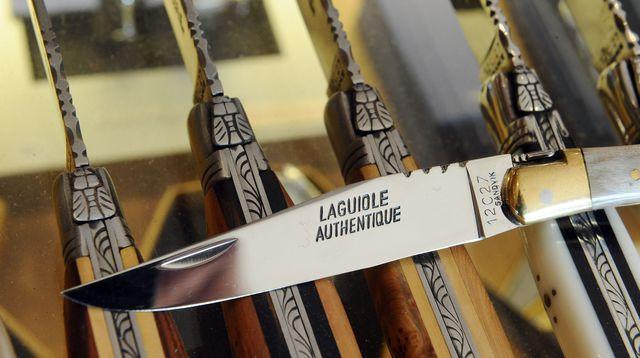 Les couteliers de Laguiole défendent leur savoir-faire !